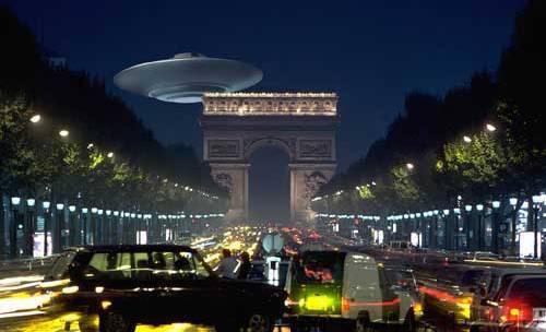 070102 paris ufo.jpg