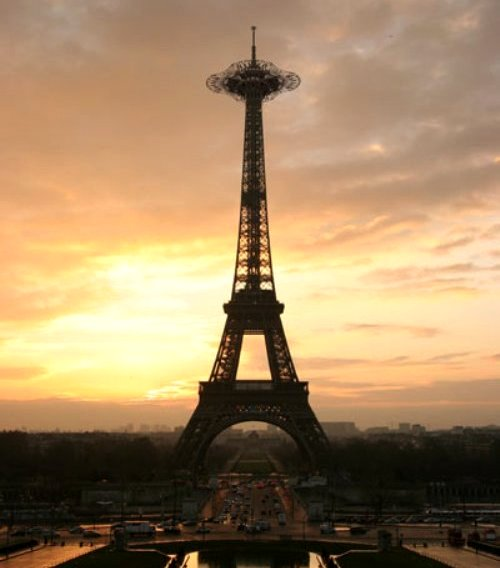080325 new eiffel tower.jpg
